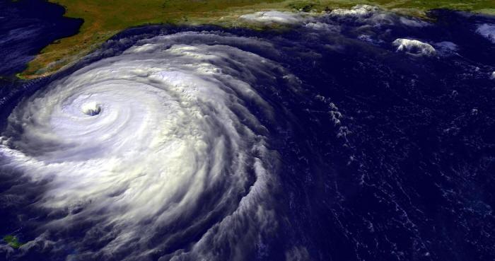 Hurricane from above toward FLA